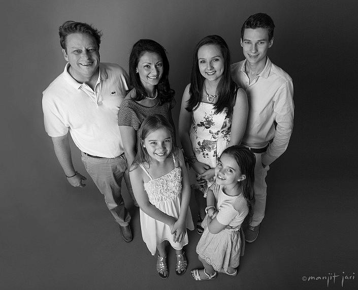 Manjit Jari shoots Family Portraits