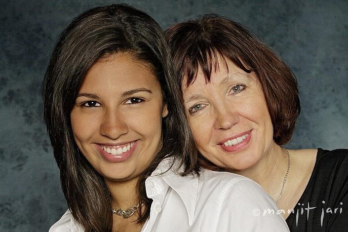 Mutter und Tochter Foto von Atelier für Fotografie