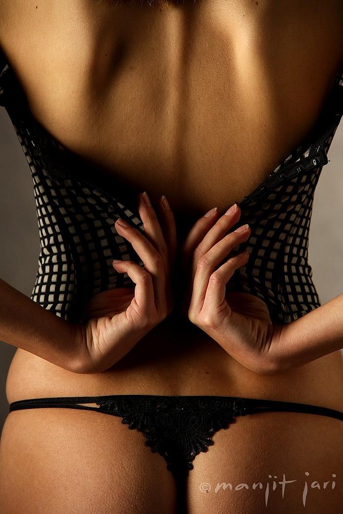 Boudoir und Erotik Fotografie von Manjit Jari