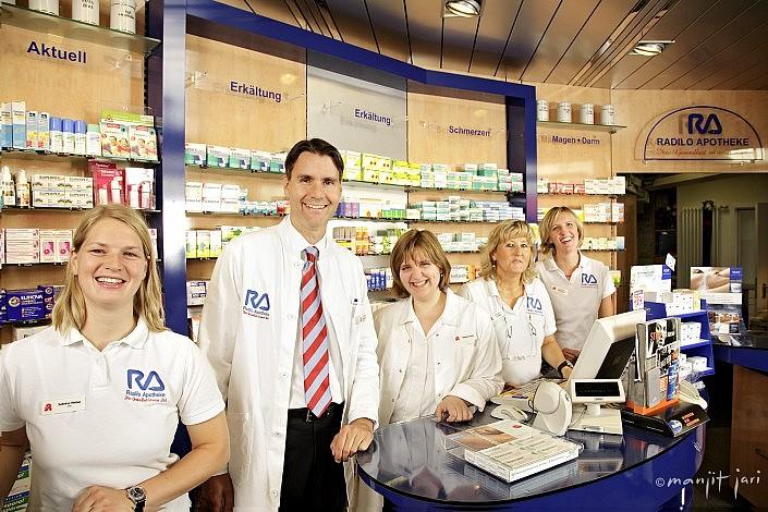 Teamfotos von Ärzten, Apotheken und Kliniken dem Spezialisten für gute Menschenfotos